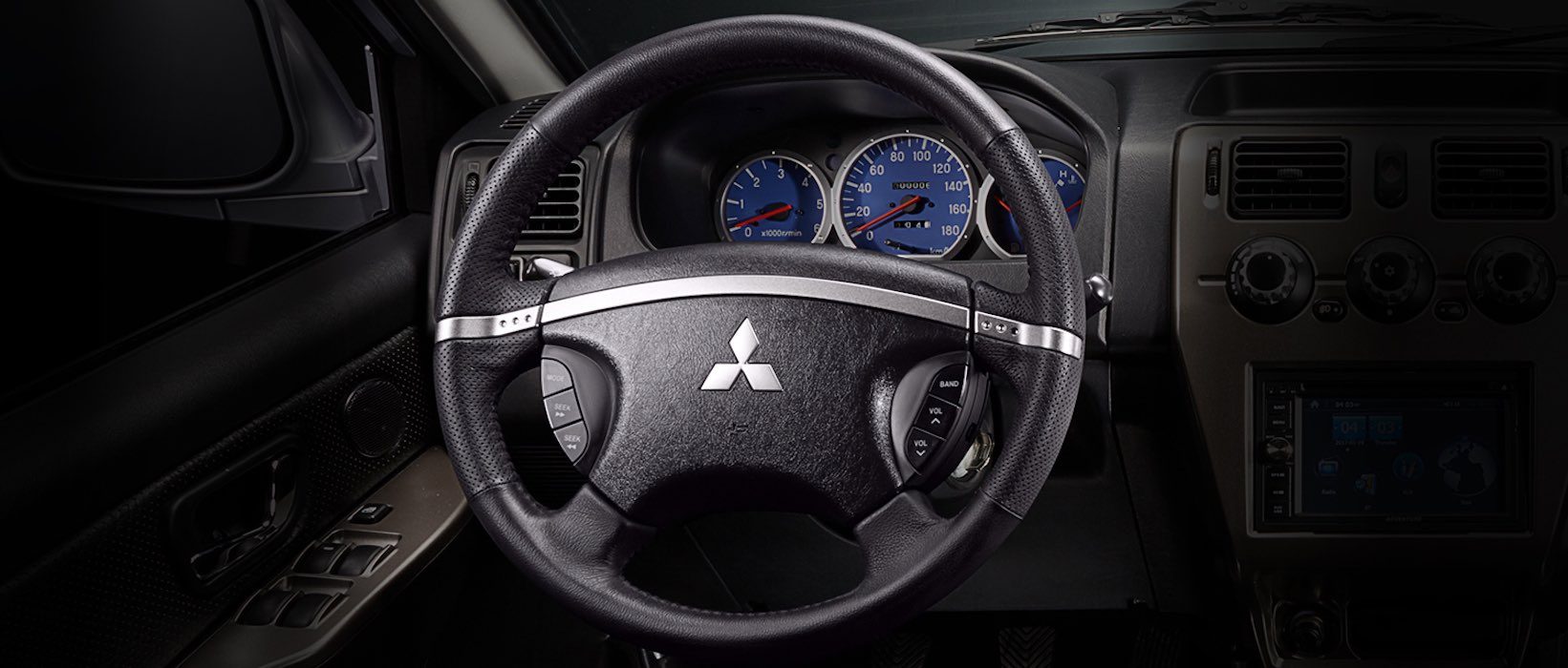 Mitsubishi Adventure's Dashboard and Wheel | Rent-A-Car Palawan