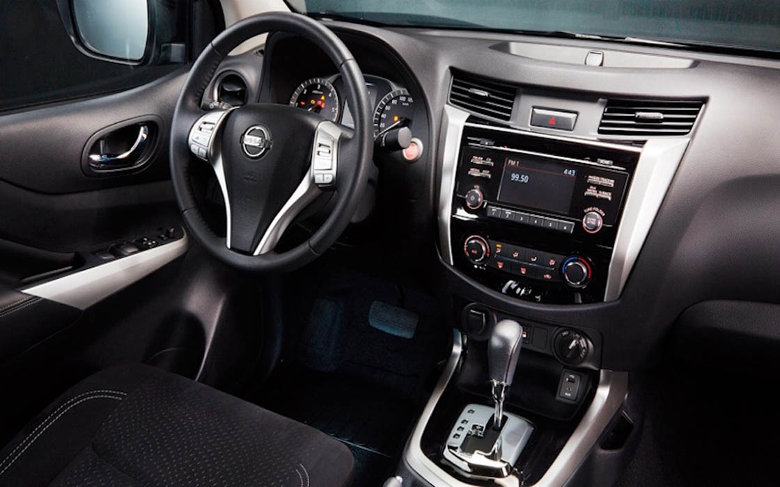 Nissan Navarra Interior I Rent-A-Car Palawan