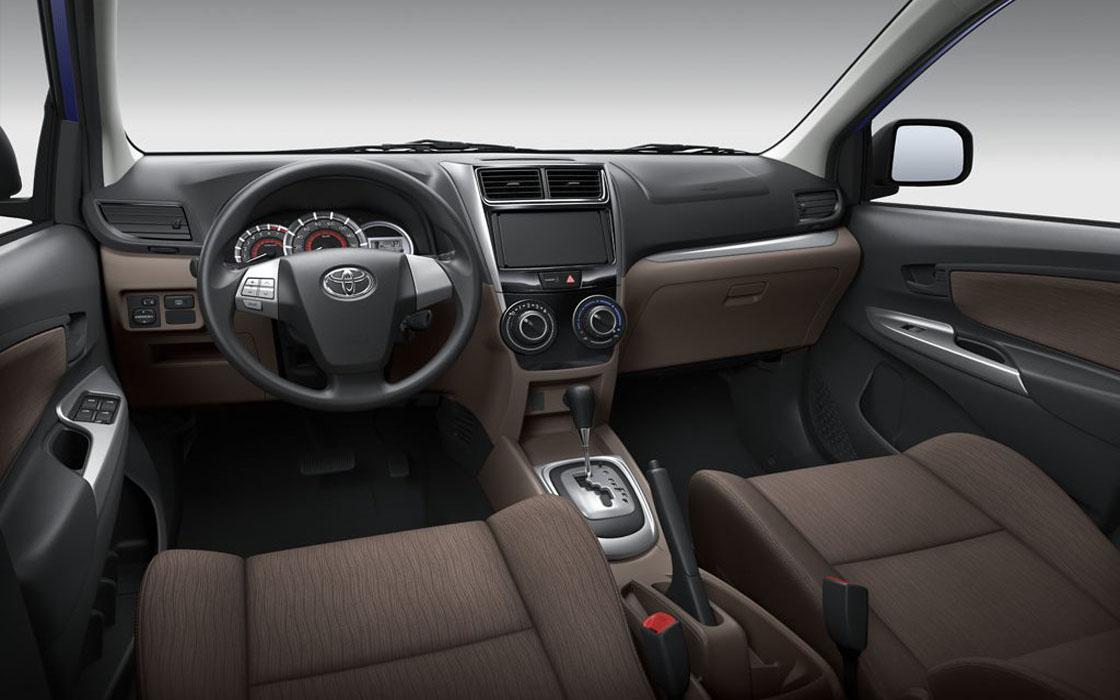 Toyota Avanza Front I Rent-A-Car Palawan