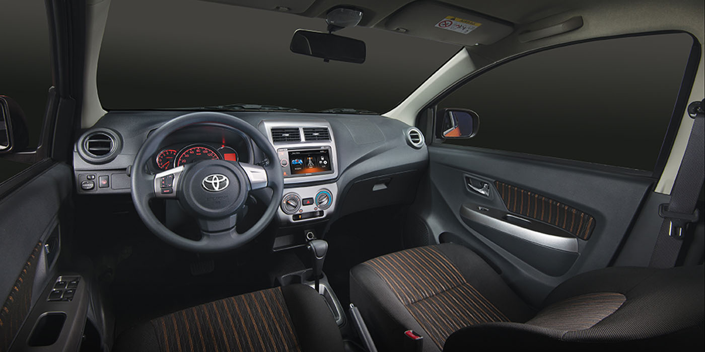 toyota-wigo-interior | Rent-A-Car Palawan